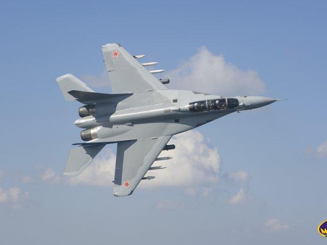 REEMPLAZO PARA EL SISTEMA F-16 FIGHTING FALCON DE LA AVIACION MILITAR BOLIVARIANA - Página 24 Phoca_thumb_l_mig-35_08
