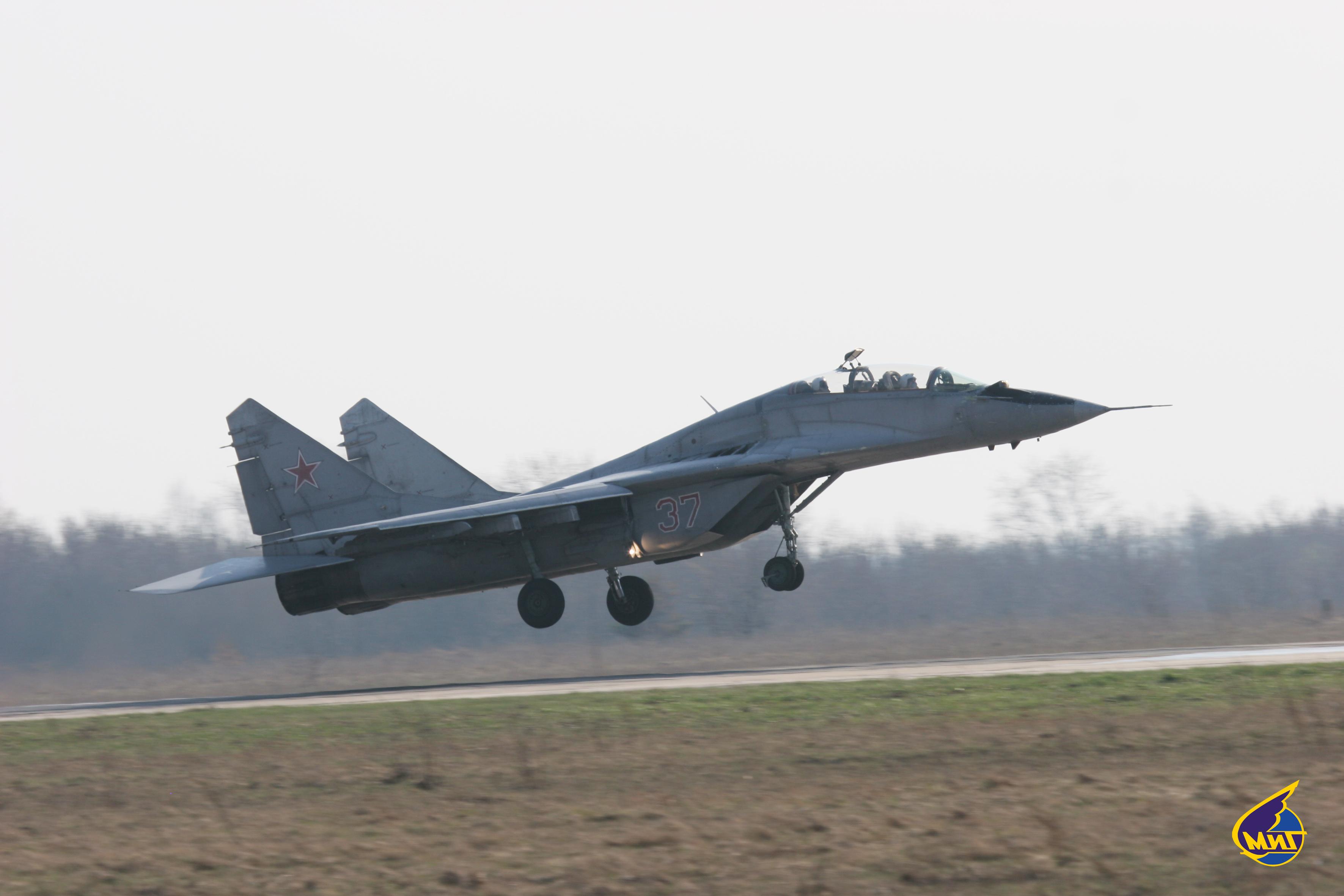 REEMPLAZO PARA EL SISTEMA F-16 FIGHTING FALCON DE LA AVIACION MILITAR BOLIVARIANA - Página 24 Mig-29smt_13_sk